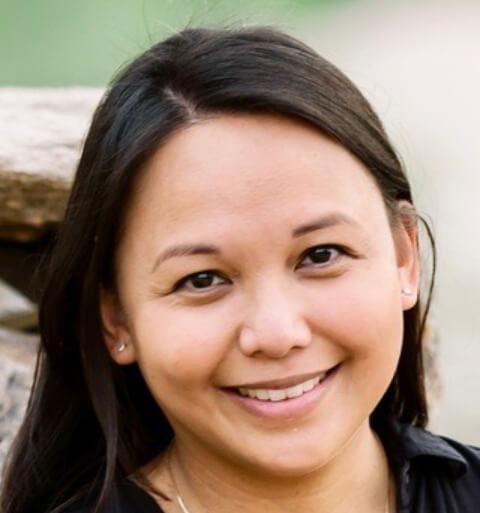 Dr.Kristine Norris